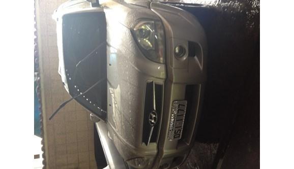 //www.autoline.com.br/carro/hyundai/tucson-20-gl-16v-gasolina-4p-manual/2006/joao-monlevade-mg/172727