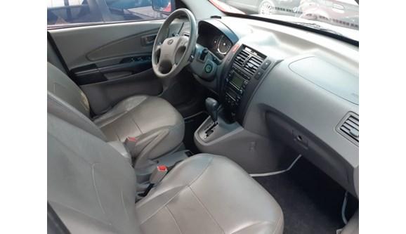 //www.autoline.com.br/carro/hyundai/tucson-20-gls-16v-gasolina-4p-automatico/2010/goiania-go/6967630