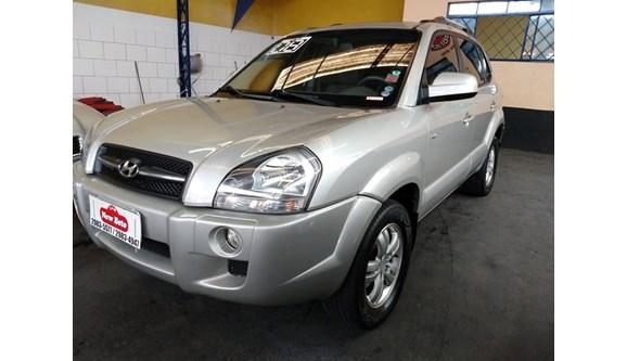 //www.autoline.com.br/carro/hyundai/tucson-27-gls-24v-gasolina-4p-automatico-4x4/2008/sao-paulo-sp/7669523