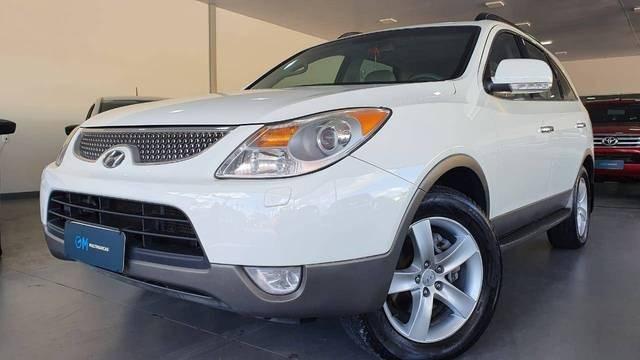 //www.autoline.com.br/carro/hyundai/veracruz-38-24v-gasolina-4p-automatico-4x4/2012/indaial-sc/12178187