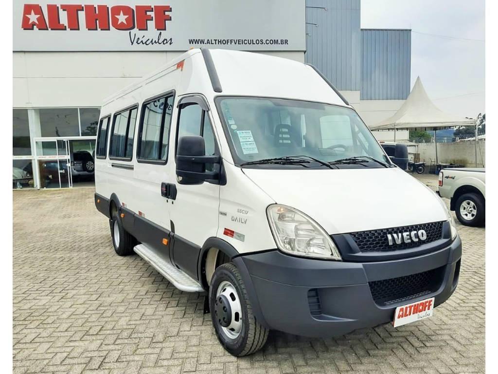 //www.autoline.com.br/carro/iveco/daily-30-55c17-cd-8v-diesel-4p-manual/2013/palhoca-sc/12848373