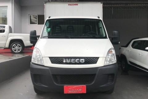 //www.autoline.com.br/carro/iveco/daily-23-city-cs-16v-diesel-2p-manual/2019/jundiai-sp/13677633