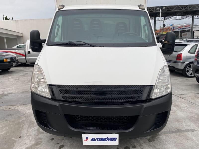 //www.autoline.com.br/carro/iveco/daily-35s14-136cv-2p-diesel-manual-basico/2012/curitiba-pr/15866994