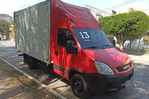//www.autoline.com.br/carro/iveco/daily-30-35s14-cs-3750-8v-diesel-2p-turbo-manual/2013/sao-paulo-sp/15883082