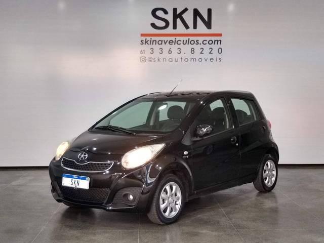 //www.autoline.com.br/carro/jac/j2-14-16v-gasolina-4p-manual/2014/brasilia-df/15728995