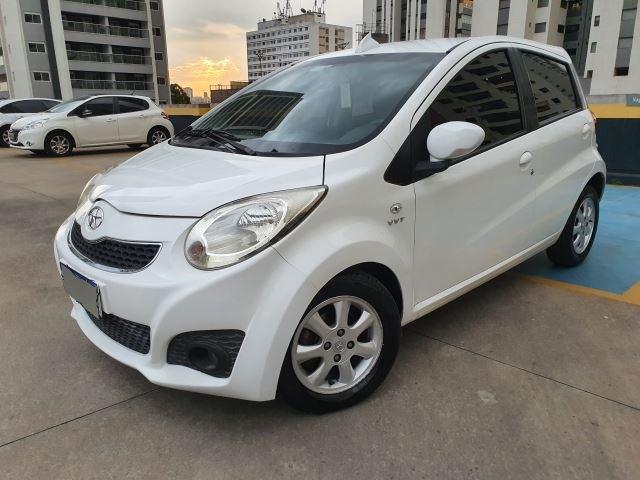 //www.autoline.com.br/carro/jac/j2-14-16v-gasolina-4p-manual/2013/sao-paulo-sp/15870410
