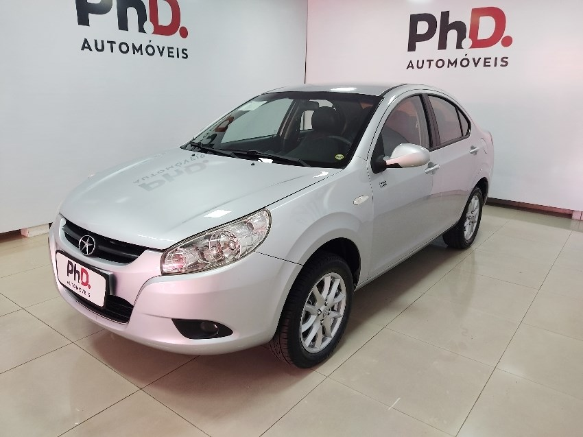 //www.autoline.com.br/carro/jac/j3-14-turin-16v-sedan-gasolina-4p-manual/2012/brasilia-df/13596176
