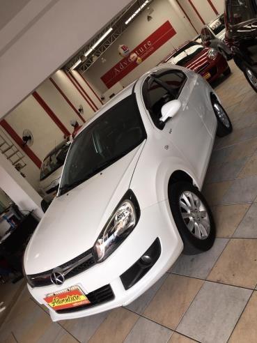 //www.autoline.com.br/carro/jac/j3-14-16v-108cv-4p-gasolina-manual/2014/sao-paulo-sp/13803687
