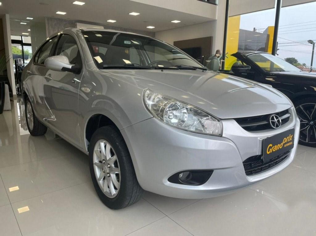 //www.autoline.com.br/carro/jac/j3-14-sedan-turin-16v-gasolina-4p-manual/2012/curitiba-pr/15702230