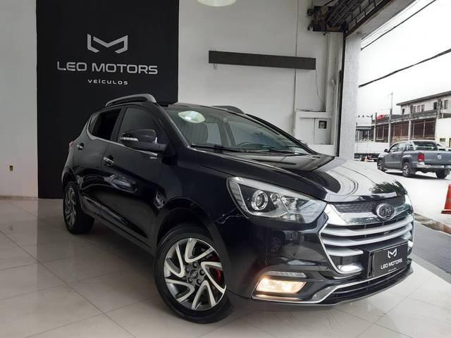 //www.autoline.com.br/carro/jac/t40-16-16v-gasolina-4p-automatico/2019/sao-paulo-sp/13000682