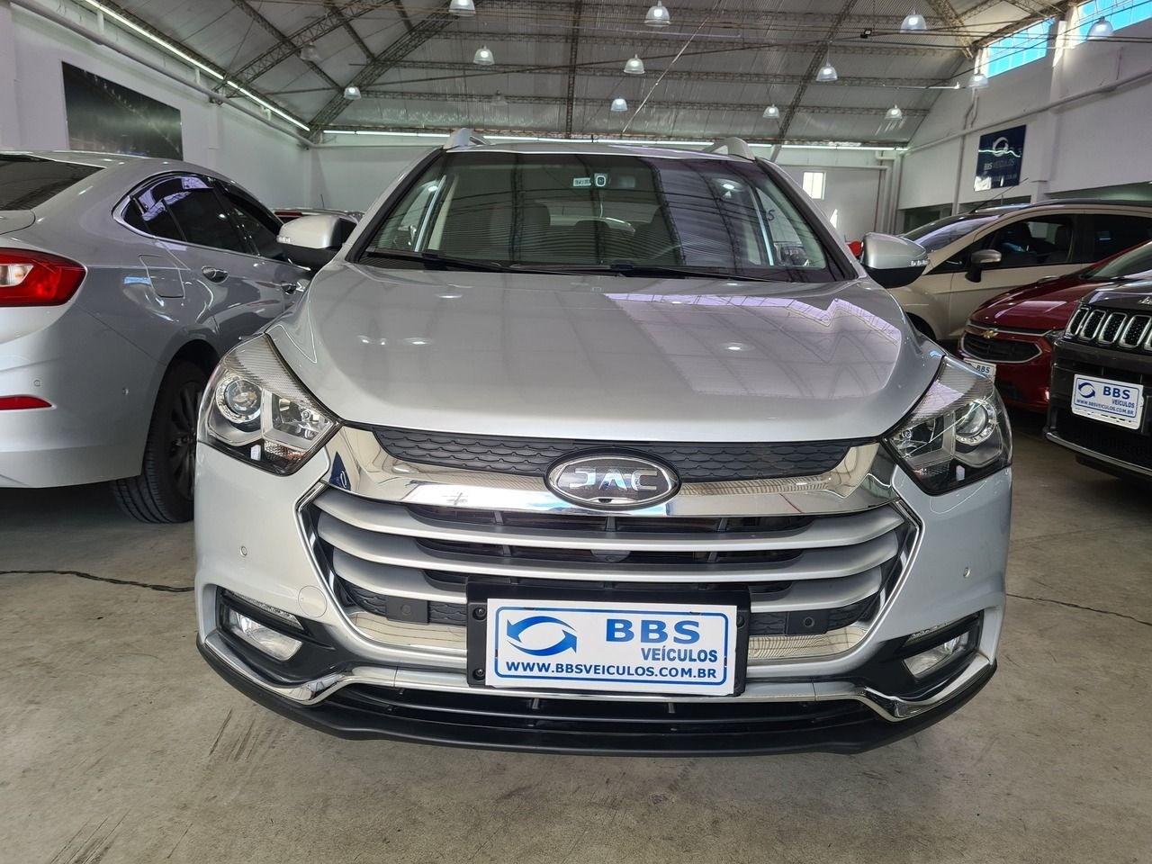 //www.autoline.com.br/carro/jac/t40-15-16v-flex-4p-manual/2019/sao-paulo-sp/13290576