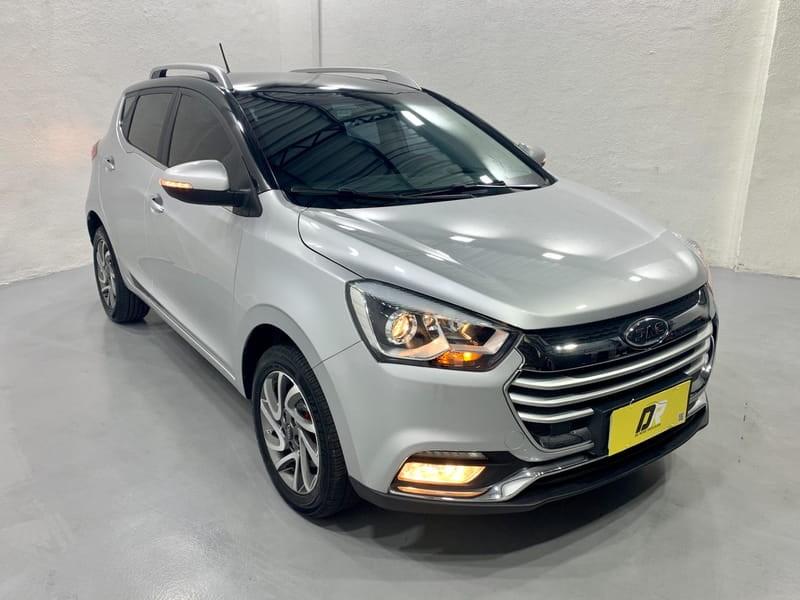 //www.autoline.com.br/carro/jac/t40-15-16v-flex-4p-manual/2018/porto-alegre-rs/14876519