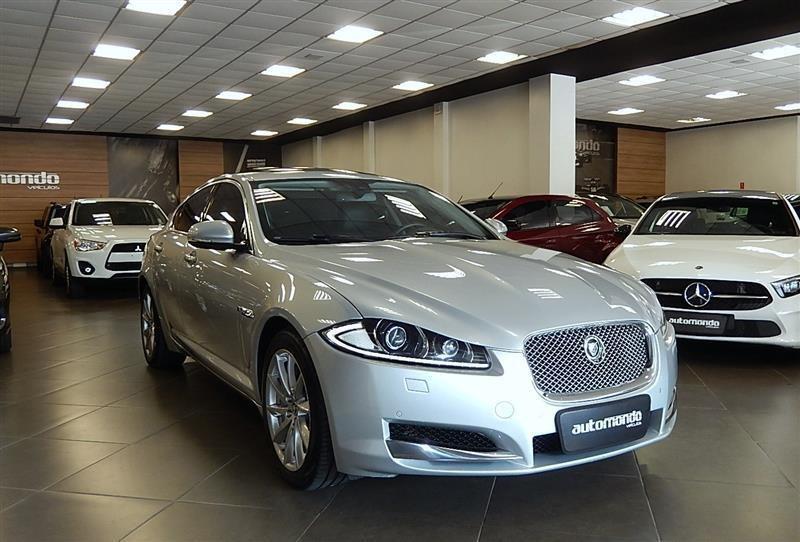 //www.autoline.com.br/carro/jaguar/xf-20-gtdi-luxury-16v-gasolina-4p-turbo-automati/2013/campinas-sp/15167301