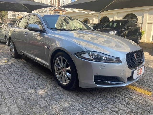 //www.autoline.com.br/carro/jaguar/xf-20-gtdi-sport-premium-luxury-tech-16v-gasolin/2015/sao-paulo-sp/15442618