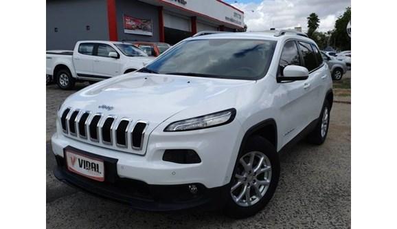 //www.autoline.com.br/carro/jeep/cherokee-32-limited-24v-gasolina-4p-automatico-4x4/2015/campina-grande-pb/10661212