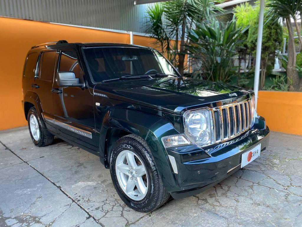 //www.autoline.com.br/carro/jeep/cherokee-37-limited-12v-gasolina-4p-automatico-4x4/2012/belo-horizonte-mg/13559860