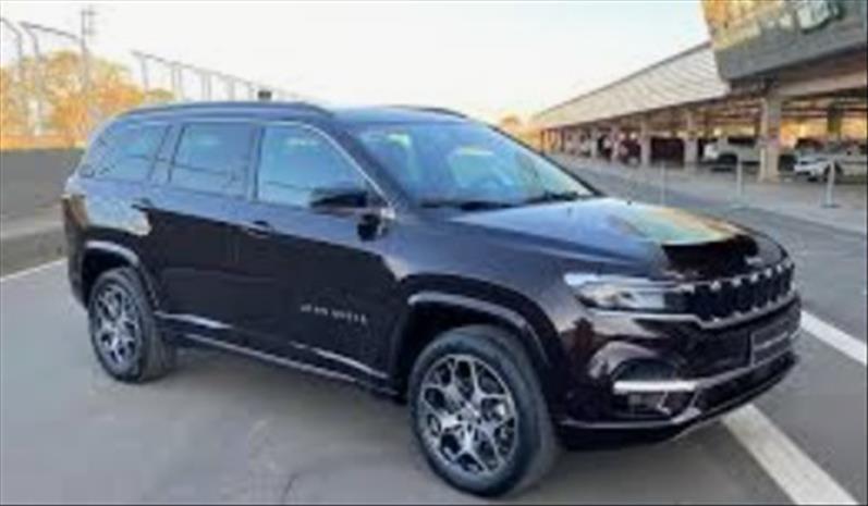 //www.autoline.com.br/carro/jeep/commander-13-t270-overland-16v-flex-4p-turbo-automatico/2022/sao-paulo-sp/15902327