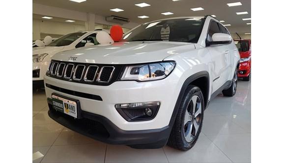//www.autoline.com.br/carro/jeep/compass-20-longitude-16v-flex-4p-automatico/2017/campinas-sp/10972292
