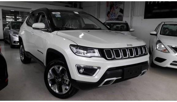 //www.autoline.com.br/carro/jeep/compass-20-limited-16v-diesel-4p-automatico-4x4-turbo/2020/sao-paulo-sp/11268727