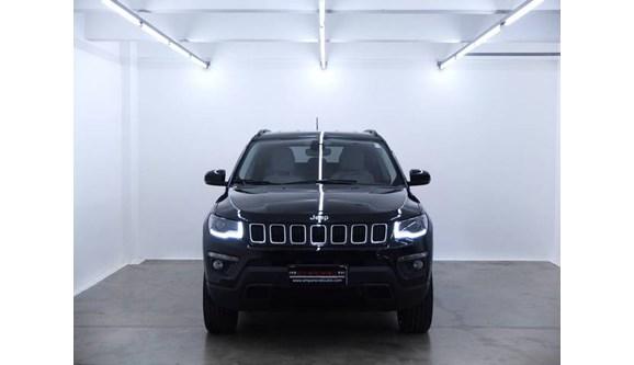 //www.autoline.com.br/carro/jeep/compass-20-longitude-16v-diesel-4p-automatico-4x4-tur/2019/porto-alegre-rs/11891134