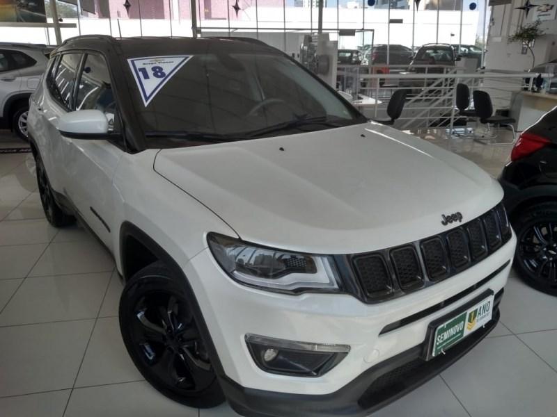 //www.autoline.com.br/carro/jeep/compass-20-limited-high-tech-16v-flex-4p-automatico/2018/sao-paulo-sp/11960732
