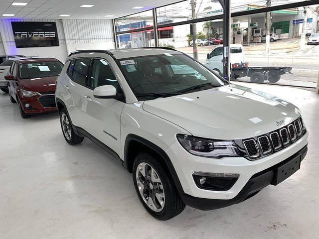 //www.autoline.com.br/carro/jeep/compass-20-longitude-16v-diesel-4p-automatico-4x4-tur/2020/sao-paulo-sp/12045500