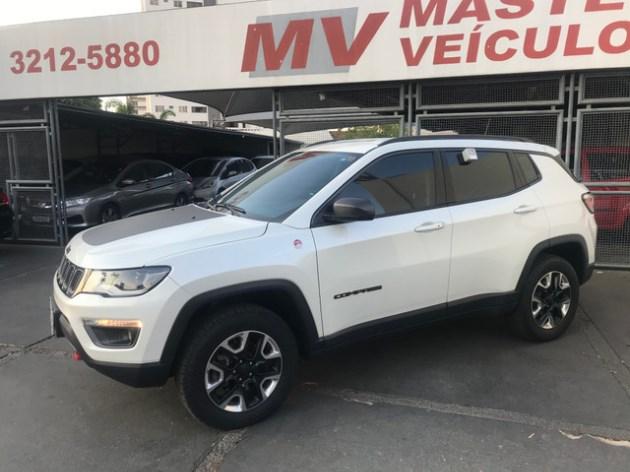 //www.autoline.com.br/carro/jeep/compass-20-trailhawk-16v-diesel-4p-automatico-4x4-tur/2017/goiania-go/12530700