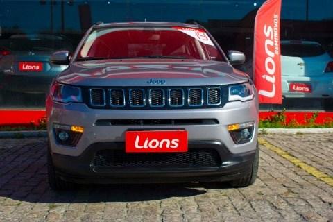 //www.autoline.com.br/carro/jeep/compass-20-longitude-16v-flex-4p-automatico/2018/duque-de-caxias-rj/12706281