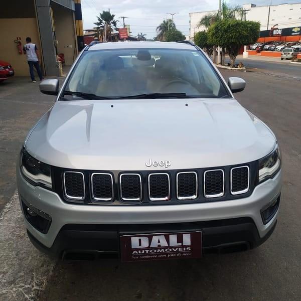 //www.autoline.com.br/carro/jeep/compass-20-longitude-16v-diesel-4p-automatico-4x4-tur/2017/tiangua-ce/12923676