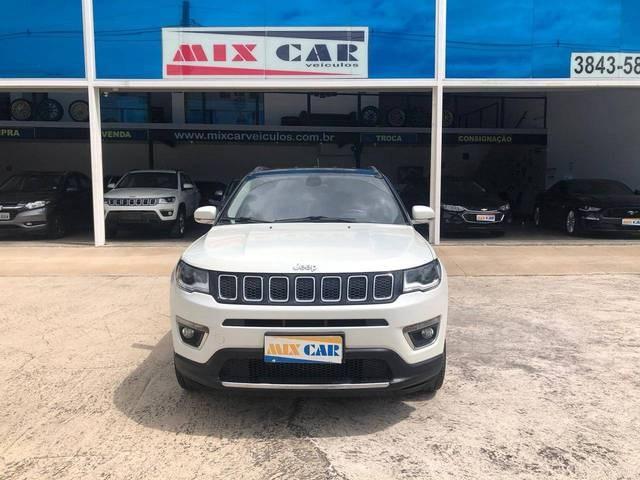 //www.autoline.com.br/carro/jeep/compass-20-limited-16v-flex-4p-automatico/2017/sao-paulo-sp/13640807