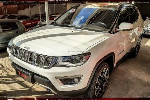 //www.autoline.com.br/carro/jeep/compass-20-limited-16v-diesel-4p-automatico-4x4-turbo/2018/santa-maria-rs/14026291