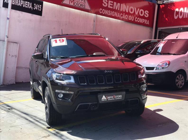 //www.autoline.com.br/carro/jeep/compass-20-serie-s-16v-diesel-4p-4x4-turbo-automatico/2019/sao-paulo-sp/14636101