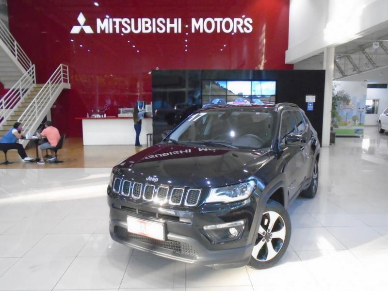 //www.autoline.com.br/carro/jeep/compass-20-longitude-16v-flex-4p-automatico/2017/sao-paulo-sp/14643084