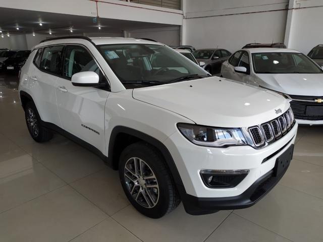 //www.autoline.com.br/carro/jeep/compass-20-sport-16v-flex-4p-automatico/2021/porto-alegre-rs/14670923