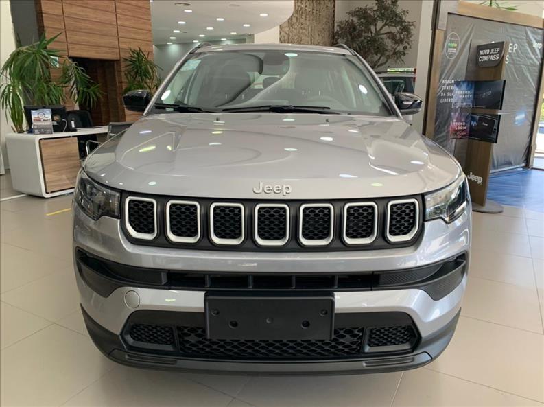 //www.autoline.com.br/carro/jeep/compass-13-t270-serie-s-16v-flex-4p-turbo-automatico/2022/sao-paulo-sp/14803654