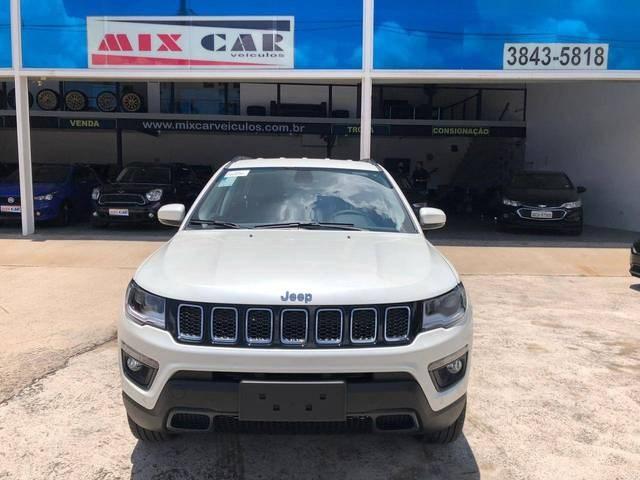 //www.autoline.com.br/carro/jeep/compass-20-longitude-16v-diesel-4p-4x4-turbo-automati/2021/sao-paulo-sp/14882216