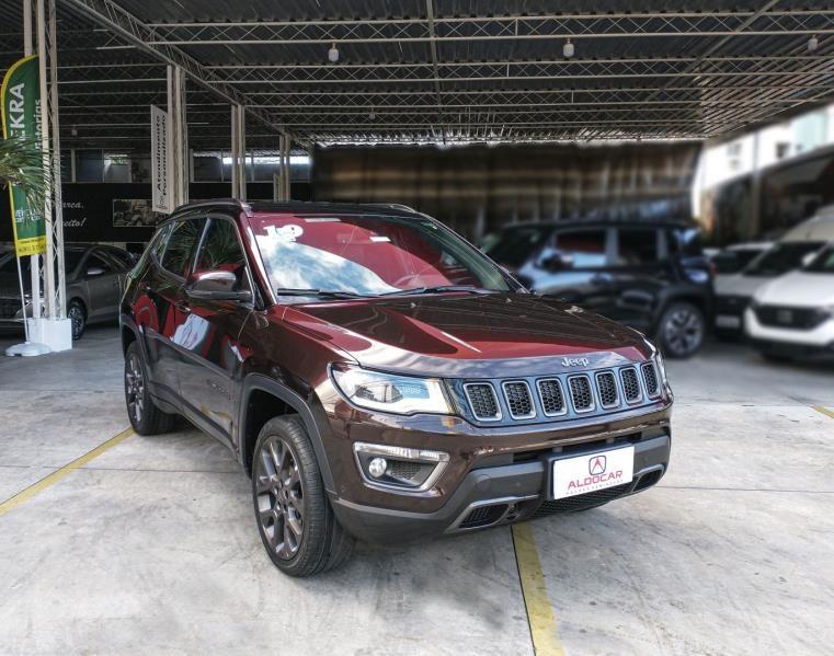 //www.autoline.com.br/carro/jeep/compass-20-serie-s-16v-diesel-4p-4x4-turbo-automatico/2019/recife-pe/14941047