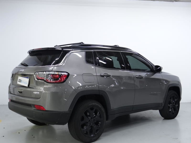 //www.autoline.com.br/carro/jeep/compass-20-longitude-16v-diesel-4p-4x4-turbo-automati/2021/curitiba-pr/14968574