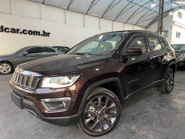 //www.autoline.com.br/carro/jeep/compass-20-serie-s-16v-diesel-4p-4x4-turbo-automatico/2021/sao-paulo-sp/14999046