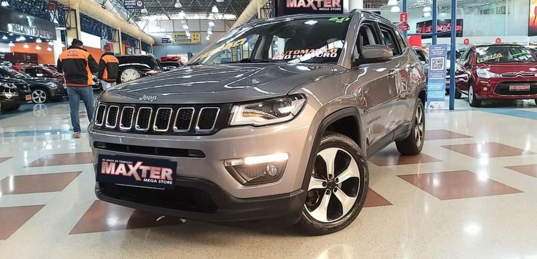 //www.autoline.com.br/carro/jeep/compass-20-longitude-16v-flex-4p-automatico/2017/sao-paulo-sp/15127567