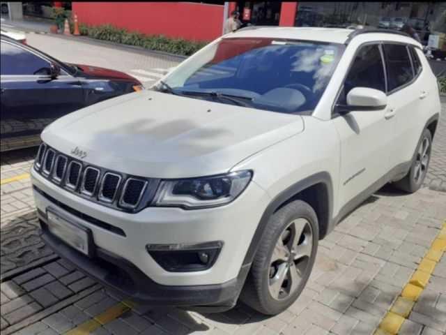 //www.autoline.com.br/carro/jeep/compass-20-longitude-16v-flex-4p-automatico/2017/sao-paulo-sp/15208467