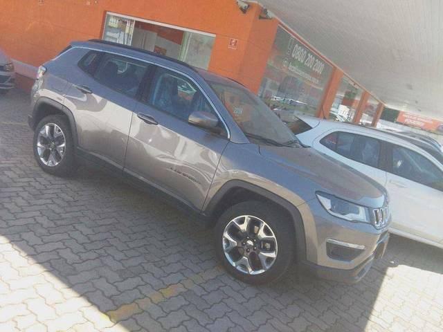 //www.autoline.com.br/carro/jeep/compass-20-longitude-16v-flex-4p-automatico/2020/sao-paulo-sp/15239547