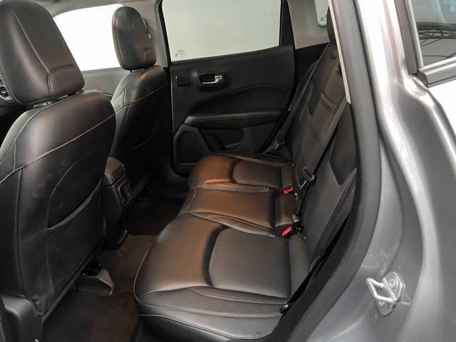 //www.autoline.com.br/carro/jeep/compass-20-longitude-16v-flex-4p-automatico/2020/sao-paulo-sp/15245986