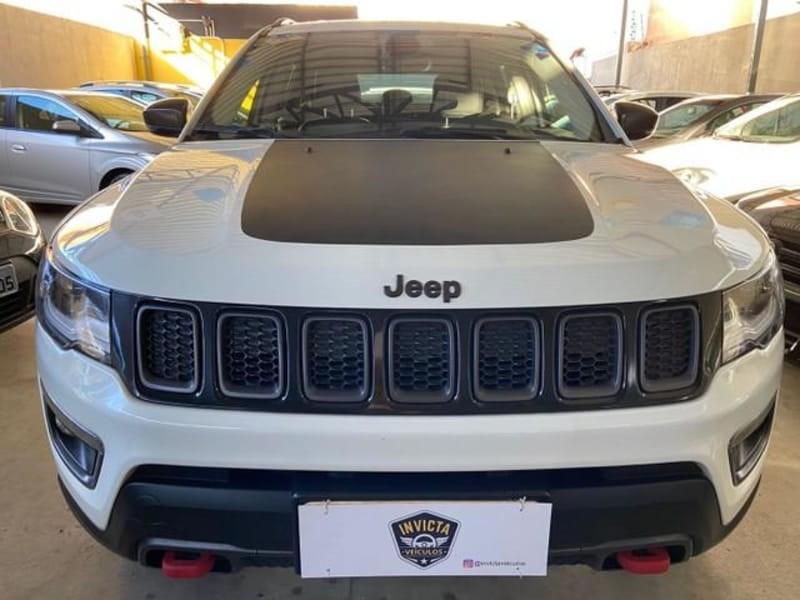 //www.autoline.com.br/carro/jeep/compass-20-trailhawk-16v-diesel-4p-4x4-turbo-automati/2017/montes-claros-mg/15643021