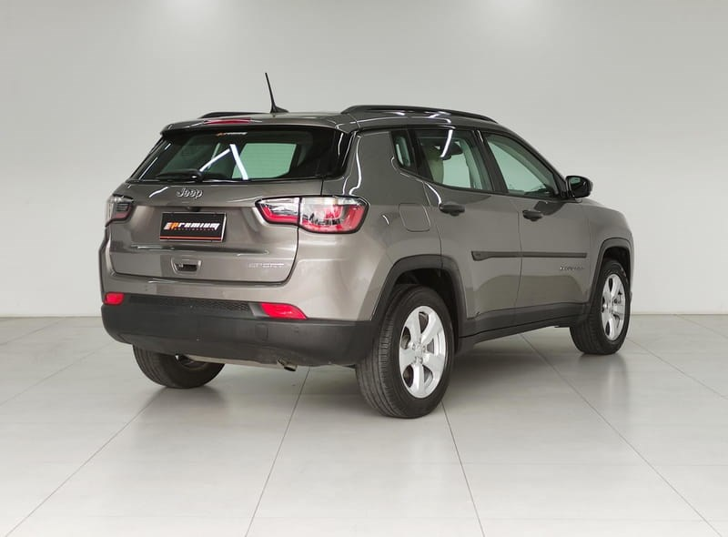 //www.autoline.com.br/carro/jeep/compass-20-sport-16v-flex-4p-automatico/2018/curitiba-pr/15651713
