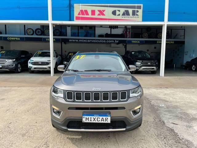 //www.autoline.com.br/carro/jeep/compass-20-limited-16v-flex-4p-automatico/2017/sao-paulo-sp/15820378
