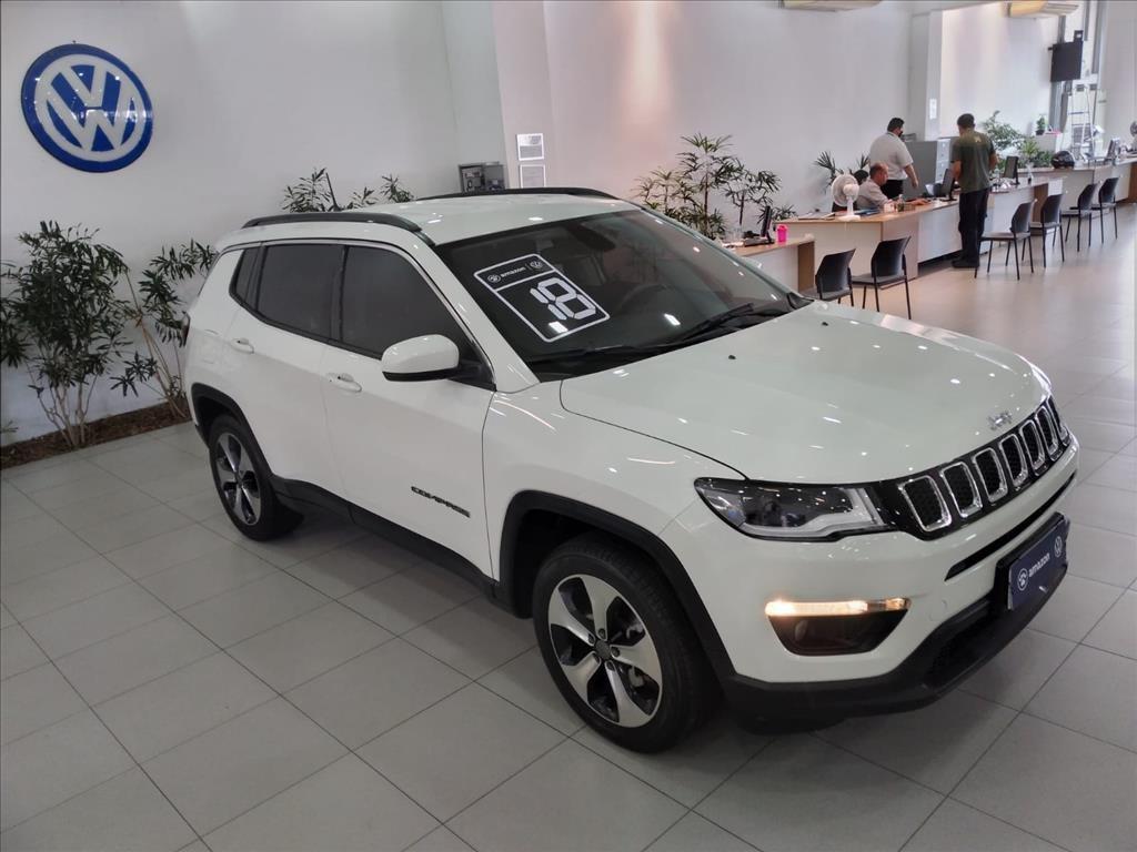 //www.autoline.com.br/carro/jeep/compass-20-longitude-16v-flex-4p-automatico/2018/sao-paulo-sp/15897089