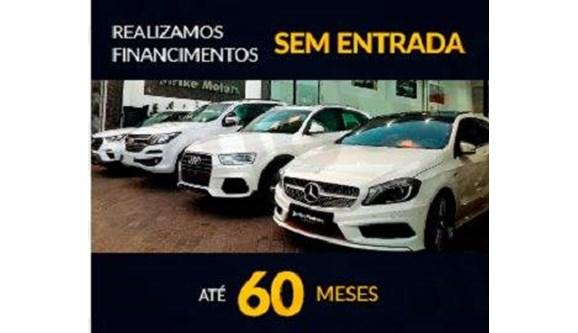//www.autoline.com.br/carro/jeep/compass-20-longitude-16v-diesel-4p-automatico-4x4-tur/2018/sao-paulo-sp/7646313