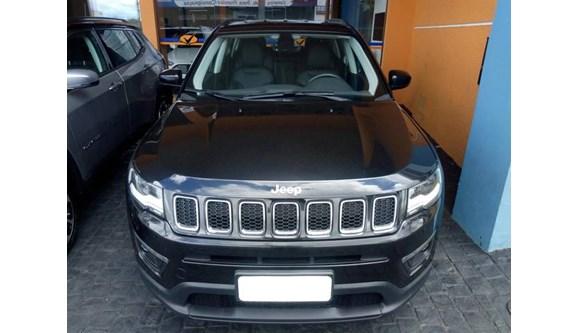 //www.autoline.com.br/carro/jeep/compass-20-longitude-16v-flex-4p-automatico/2017/patrocinio-mg/8139915