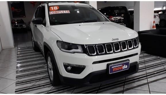 //www.autoline.com.br/carro/jeep/compass-20-longitude-16v-flex-4p-automatico/2018/curitiba-pr/9707909